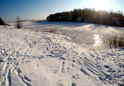 Jezioro Gim zimą